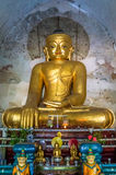 Buddha, der über die traditionelle Astrologie von Birma Myanmar aufpasst Lizenzfreies Stockbild