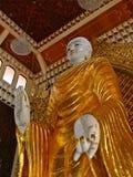 Buddha derecho Burmese fotografía de archivo