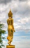Buddha di camminata a Wat Phra That Kao Noi, Tailandia Immagine Stock Libera da Diritti