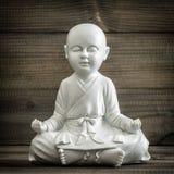 Buddha di seduta Meditazione ed annata di rilassamento di concetto Fotografia Stock