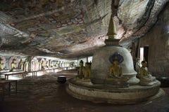Buddha di seduta nel tempio reale della roccia, Dambulla, Sri Lanka Immagini Stock Libere da Diritti