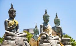 Buddha di seduta nel tempio di Seema Malaka a Colombo nello Sri Lanka fotografie stock libere da diritti