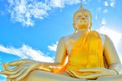 Buddha dorato enorme Fotografia Stock Libera da Diritti