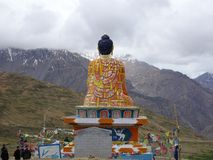 Buddha dorato enorme in valle di Langza Spity Fotografie Stock