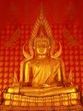 Buddha dorato perfetto Immagine Stock