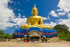 Buddha duży Złota statua Fotografia Royalty Free