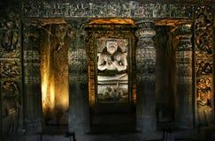 Buddha em cavernas de Ajanta Fotos de Stock