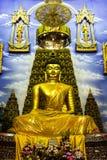 Buddha en templo Imágenes de archivo libres de regalías