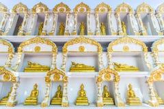 Buddha-Goldstatue Stockfoto