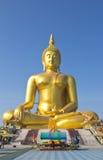 Buddha grande en Tailandia Fotos de archivo
