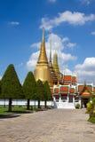 buddha guld- tempel Arkivfoton