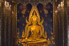 buddha guld- thai Arkivbilder