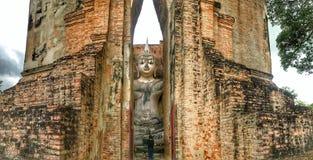 Buddha i Sri kamrattempel royaltyfria foton