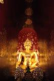 Buddha i tunnelen Arkivfoton
