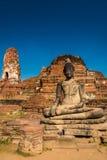 Buddha i Wat Mahathat Ayutthaya Arkivfoton