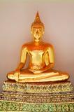 Buddha i Wat Pho Arkivfoton