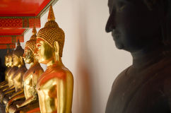 Buddha i Wat Pho Royaltyfri Foto