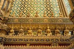 Buddha i Wat Phra Kaew Arkivbild