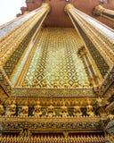 Buddha i Wat Phra Kaew Arkivfoton