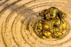 Buddha i zencirkel Arkivfoton