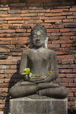 Buddha idoso antigo em Hariphunchaitemple, pagode em Lamphun, Tailândia Foto de Stock Royalty Free