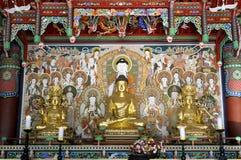 Buddha im Tempel stockfotos