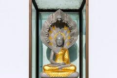 Buddha im Tempel morgens stockfotos