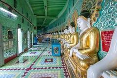 Buddha images inside of U min Thonze pagoda at Sagaing Hill Royalty Free Stock Photos