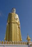 buddha jätte- monywamyanmar standing Royaltyfria Foton
