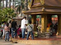 buddha kambodjaner skördar att tillbe för siem Royaltyfri Bild