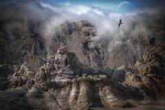 Buddha-Kopf in den Bergen des Himalajas Lizenzfreie Stockfotografie