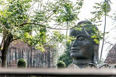 Buddha-Kopf von Wat Thammikarat lizenzfreie stockfotografie