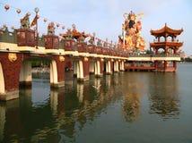 buddha lake arkivbilder