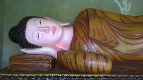Buddha legen schönes in thailändischem nieder Stockfoto