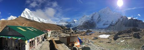 Buddha Lodge & Restaurant at Gorak Shep with snow capped Himalayan range scenery