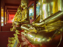 Buddha-Messingstatuen-Sitzen Lizenzfreies Stockfoto