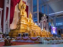 Buddha-Messingstatuen-Sitzen Stockbild