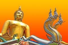 Buddha mit Nagas Stockfotos