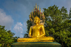 Buddha and Naga  during  blue sky Royalty Free Stock Photos