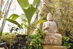 Buddha nel giardino Fotografia Stock