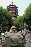 Buddha och Pagona Royaltyfri Bild