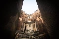 Buddha på det Sukhothai landskapet Royaltyfri Foto