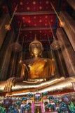 Buddha på Wat Kalayanamit, Bangkok, Thailand Arkivbilder
