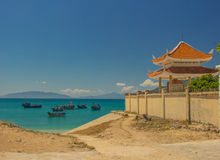 Buddha pagoda na seashore Obraz Royalty Free