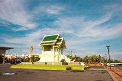 Buddha pavilion With blue sky Green roof royalty free stock photos