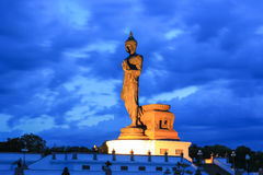 buddha phutthamonthonstaty Arkivbilder