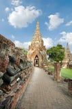 Buddha-Reihe im alten thailändischen Tempel bei Ayuthaya Thailand Stockbilder
