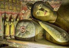 Buddha a riposo a Dambulla Fotografia Stock