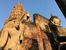 Buddha rzeźba w Antycznej świątyni Zdjęcia Royalty Free