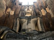 Buddha rzeźba w Antycznej świątyni Zdjęcia Stock